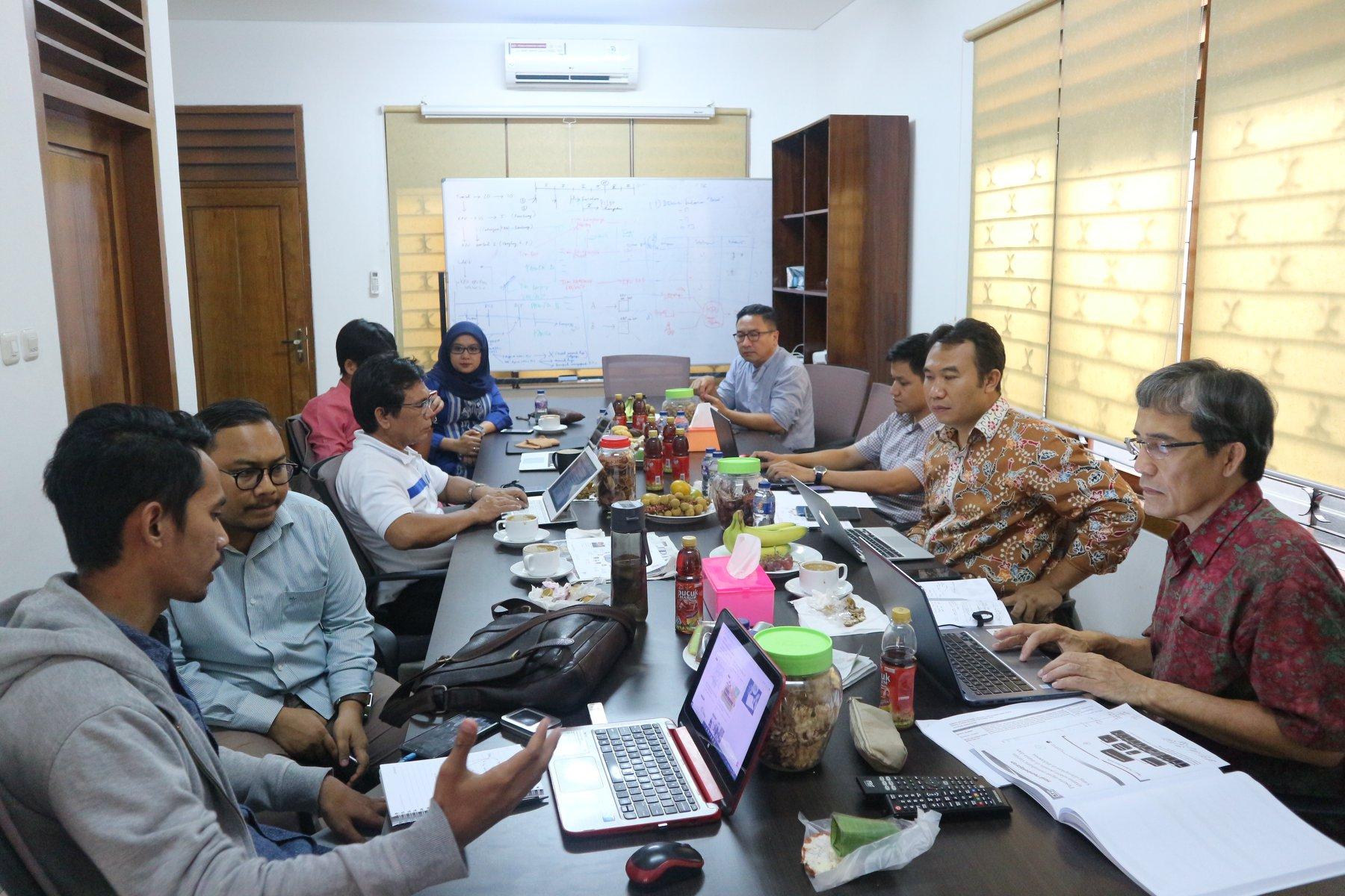 "(Indonesia) Diskusi dengan Tema: ""Peran Masyarakat Sipil Memerangi Hoax Pada Penyelenggara Pemilu"" – NETGRIT, Rabu 03 Oktober 2018"